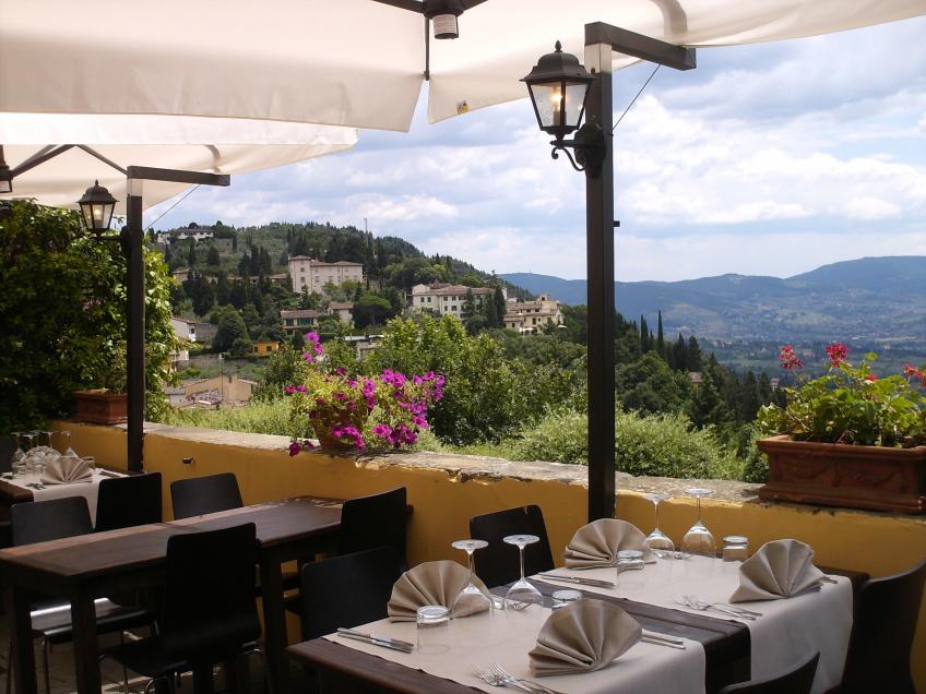 Romantic Restaurant in Fiesole La Reggia