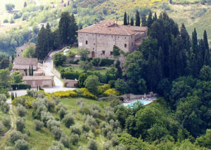 Castle hamlet in Chianti