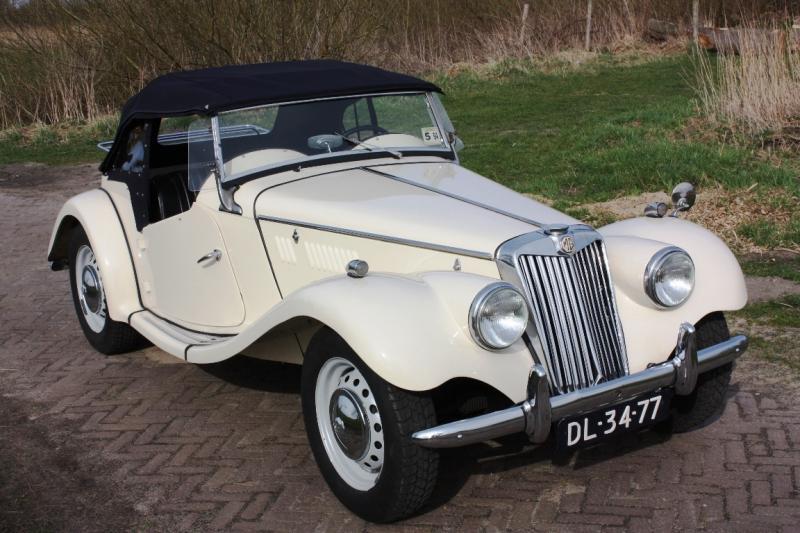 Great Gatsby Style weding car