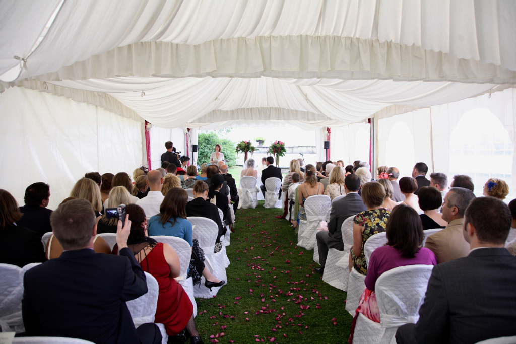 Wedding ceremony in Florence hills