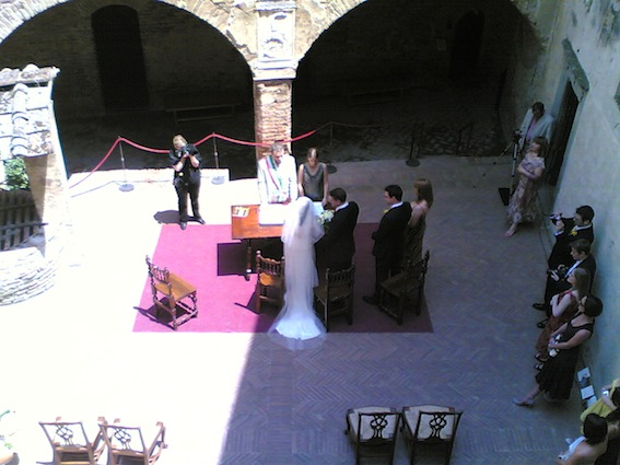 Certaldo Palazzo pretorio-ceremonia copia