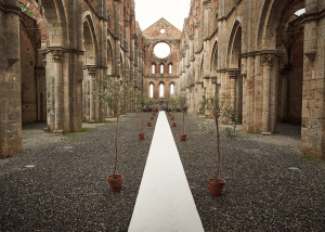 Roof,less Church in tuscany for wedding ceremony