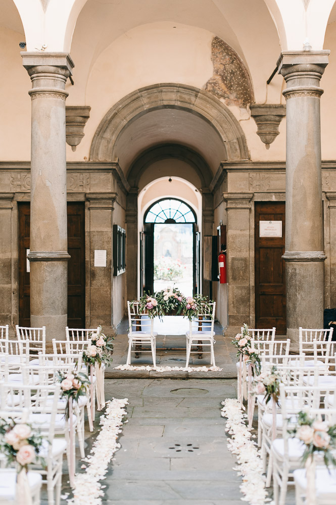 Wedding ceremony in Monte San Savino town hall
