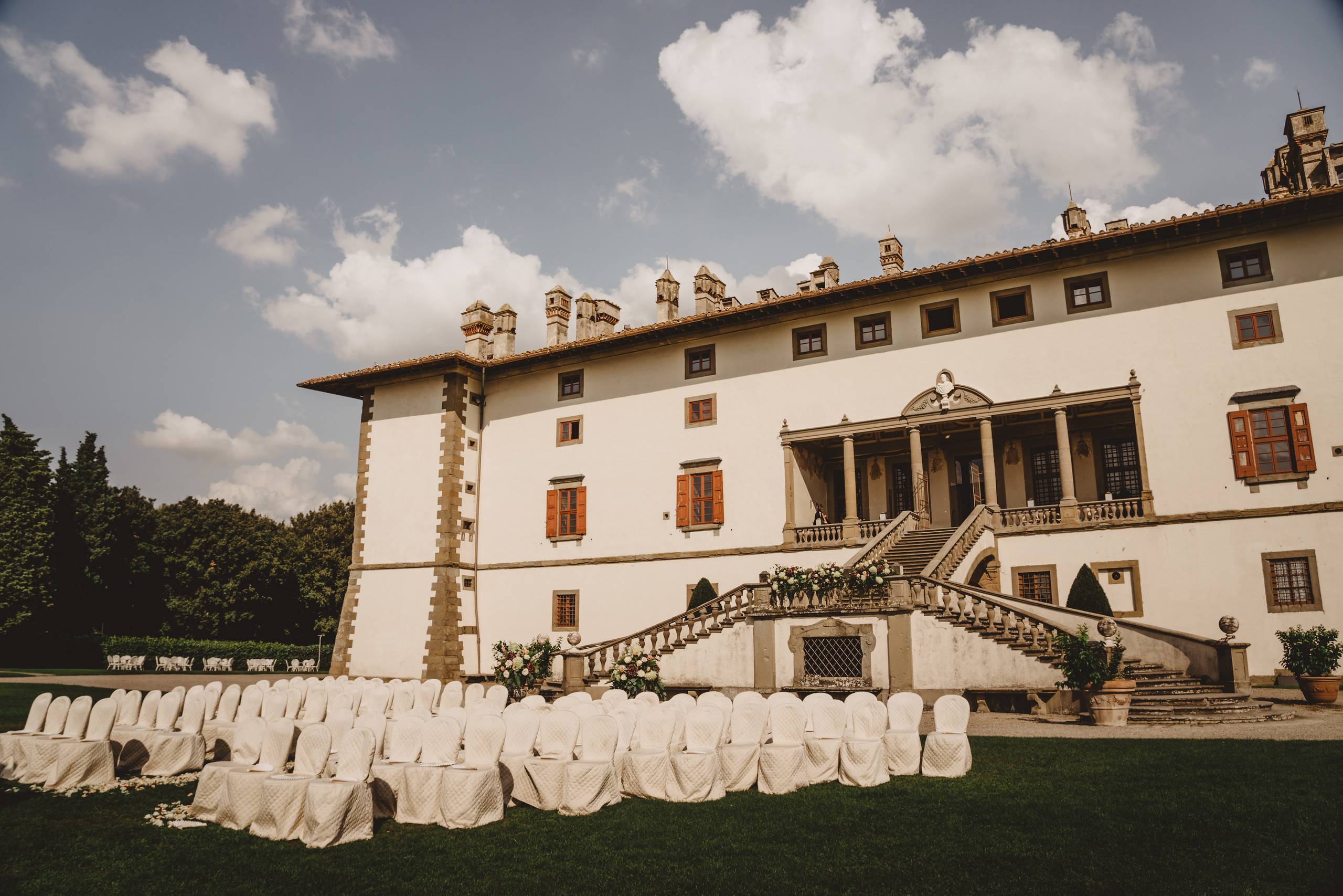Wedding ceremony in gardens of Villa Reale