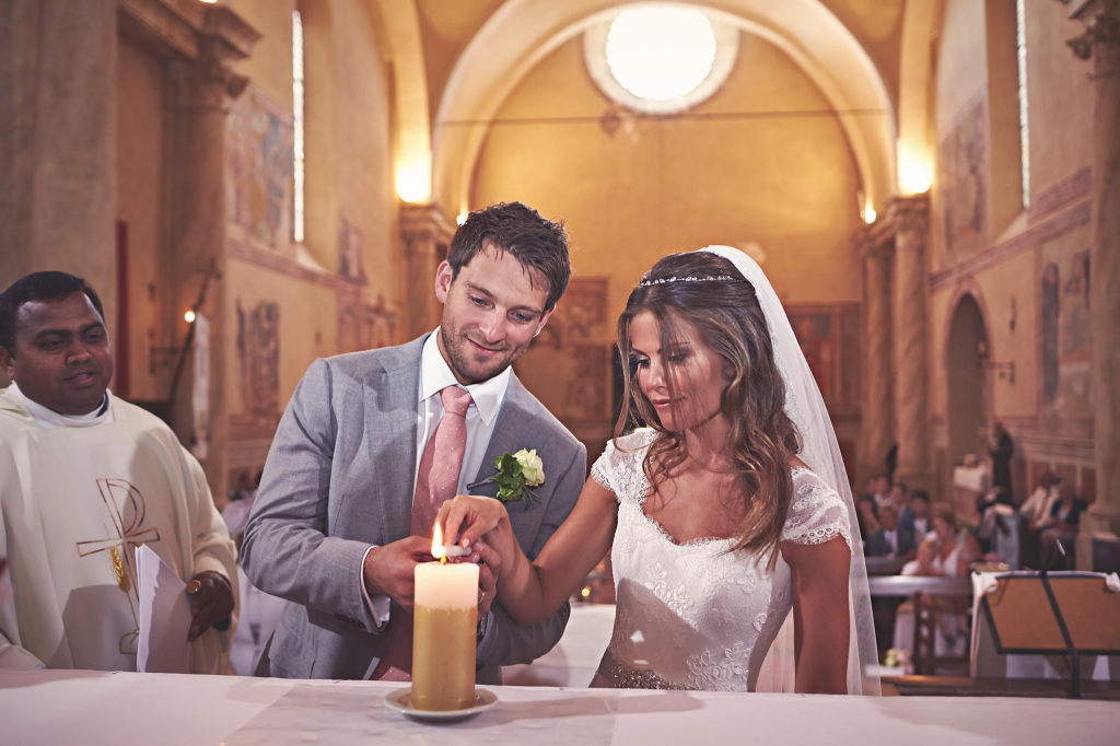 Candle rite during Italian wedding ceremony