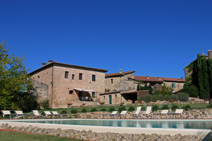 Country estate in Chiusdino