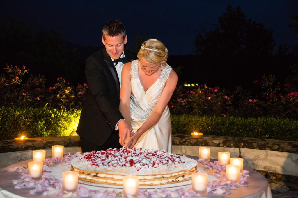 Cutting of the Italian wedding cake