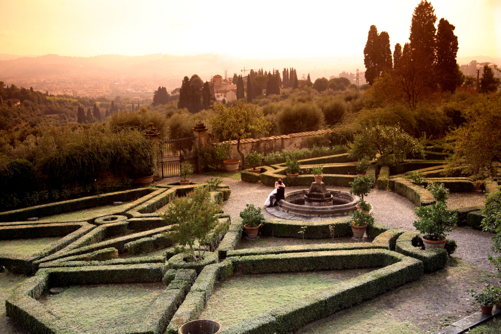 Secret garden in Florence hills