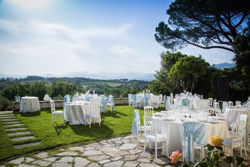 Wedding in a villa terrace lucca