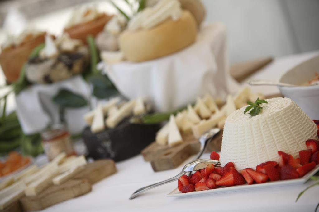 Tuscan Pecorino cheese buffet