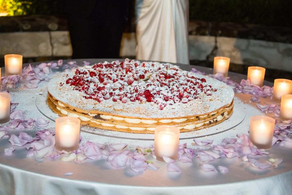 Wedding cake illumination