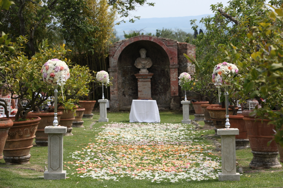 Garden ceremony in Siena
