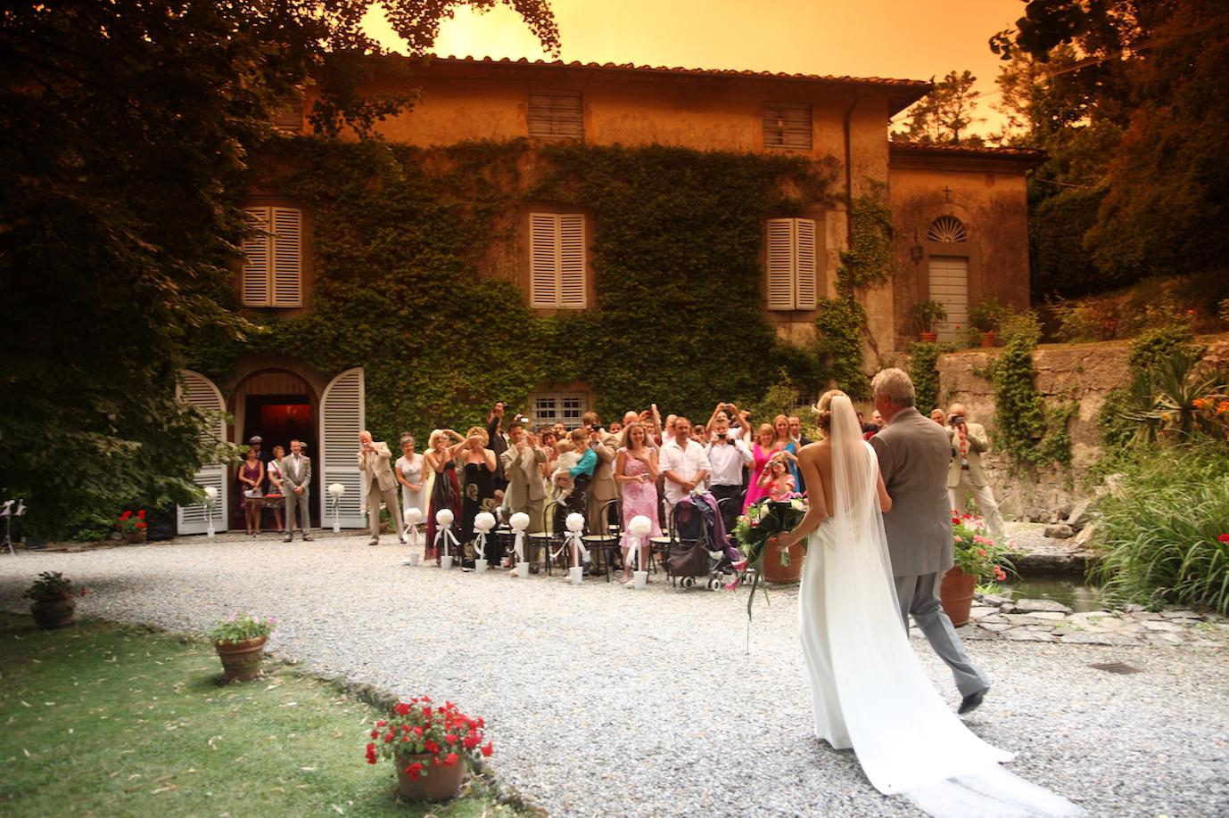 Ceremony in Lucca Villa